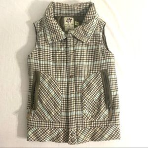 Women's Volcom vest coat size medium